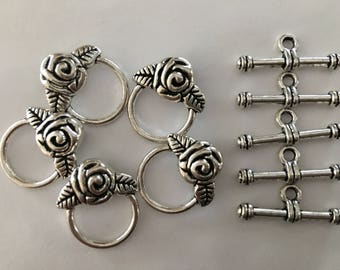 5 Antique Silver Flower Toggle Clasps