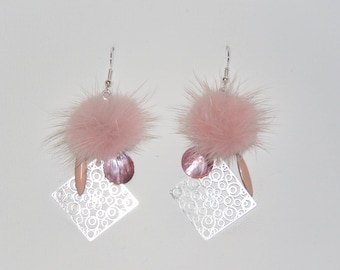"Tassel earrings pastel pink fur, prints, geometric ""earrings Poumpoumpidou"" Pimprenellecreations"