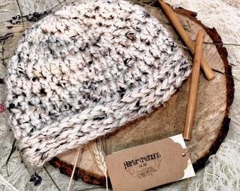 Women's Crocheted Chunky beanie/ Women's Beanie/ Winter beanie/ Winter hat/ Gift for her/ Christmas gift/ Birthday gift/