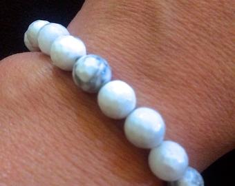 Breezys bracelet Faceted White howlite