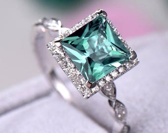 Color Change Alexandrite Engagement Ring 925 Sterling Silver White Gold Princess Cut CZ Diamond Halo Art Deco Wedding Band Antique Promise