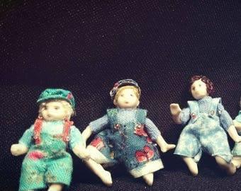 Miniature Dollhouse Dolls - 3cm