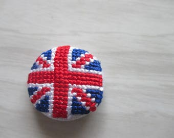 "Custom button embroidered ""Union Jack"""