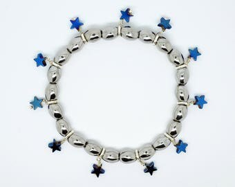 Silver Haematite Hematite healing stretchy adjustable bracelet with blue toned star charms