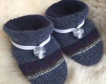 Toggle Toes blue wool slipper, non-slip soft sole shoe, in infant 4-12 months or baby shoe size 1-3.5