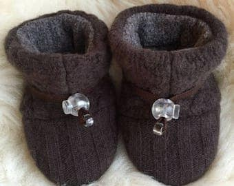 Warm brown wool baby booties from Toggle Toes, non-slip soft sole shoe, in infant 4-12 months or baby shoe size 1-3.5