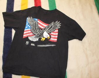 Vintage Vietnam Veterans Memorial Eagle US Flag Shirt