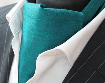 Cravat Ascot. 100% Silk Front UK Made. In Pacific Green Dupion + matching hanky.
