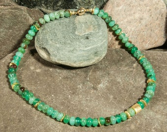 Chrysoprase chain with elements of gold-plated 925 silver