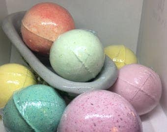 Clearance Bath Bombs Large