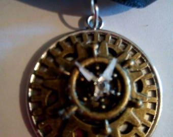 Bronze timepiece cabachon pendant