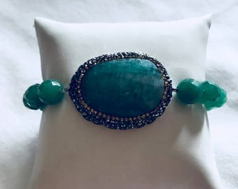 Stretch bracelet.green onyx and sterling silver