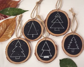 Wood Painted Ornament - Set of 5, Christmas Ornament, Tree Ornament, Wood Slice, Gift Tag, Rustic Christmas Decor, Wood Ornament