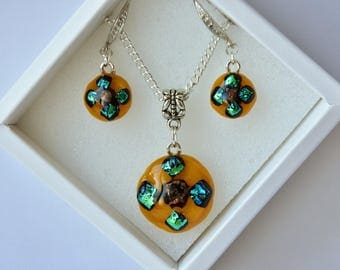 "Fusing jewelry set ""Burning meteorite"", Pendant, Earings, Dichroic, Glass jewelry, Fused glass pendant, Orange, Set of glass jewelry, Gift."