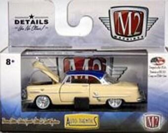 M2 Machines Auto Thentics Release 45 1953 Ford Crestline Victoria