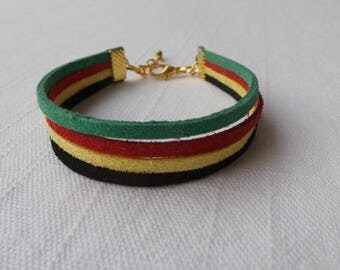 Bracelet multi-row suede with rasta colors, glitter