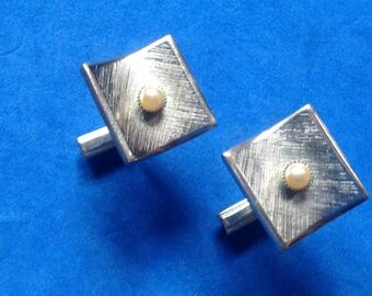 Vintage! Cuff links, textured silver tone with faux white pearl center.