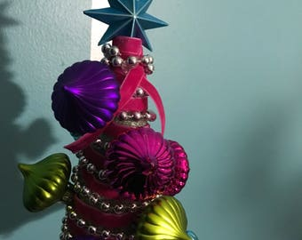 Mini Christmas Tree - Table Decoration with vintage-styled ornaments