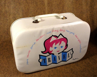 Vintage Ponytail Doll Travel Case - Early 60s - Reinforced Vinyl or Plastic with Zipper and Handle