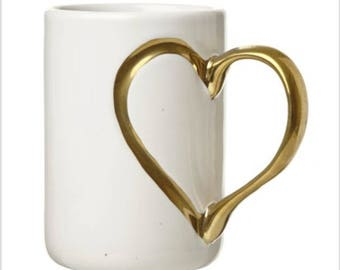 Gold Heart Handled Mug