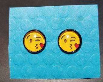 Kiss Face Emoji Earrings