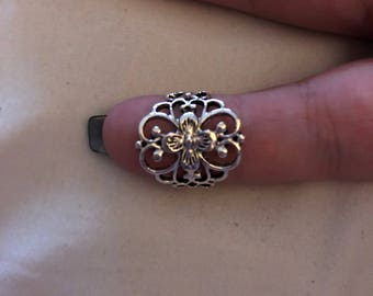 Gorgeous silver ring with unique design