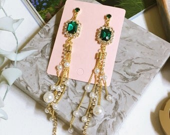 Luxury Devine Emerald Green Pearl Drop Clip On Earrings