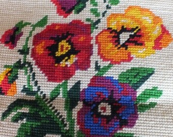 Vintage Wool Needlepoint for Decorative Pillow / Flowers / Pansies/ Hand-stitched