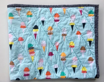 Modern baby quilt/ Baby blanket / Handmade baby quilt / Colorful baby quilt / Rainbow nursery / Gender-neutral baby quilt