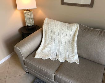 Cream Double Shell Pattern Afghan