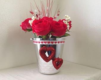 Flower Vase Decor for this Valentine's Day