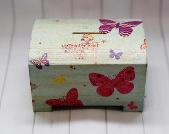 Wooden piggy bank,Handmade piggy bank,decoupage,gift,