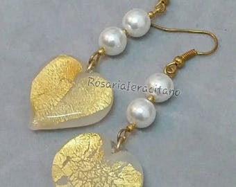 Earrings with heart and pearls