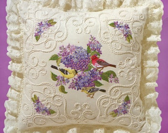 Janlynn Candlewicking Embroidery  Lilacs and Finches