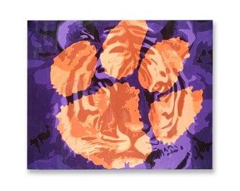 Tiger Paw Print 16x20