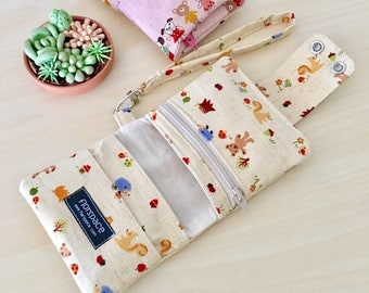 Teddy Forest Cube Wallet ---------- Double Snaps, 5 Pockets, Wrist Strap