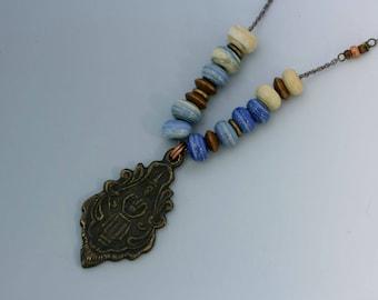 Collier pendentif Bouddha, unique en son genre art bijoux, perles au chalumeau. N ° 2.