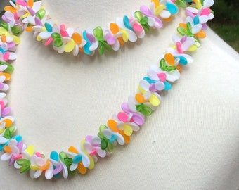 Vintage Hong Kong Lei multi colored necklace