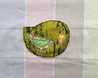 Perky Bird Patch, Appliquéd Embroidered Badge, Leafy Green