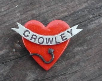 Crowley Heart Pin/Magnet - W006