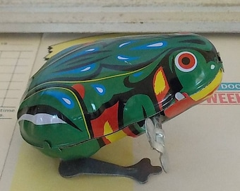 Tin / Jumping Frog /  Wind-Up Toy
