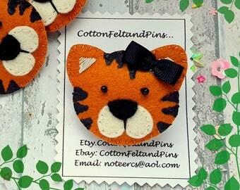 Handmade hair clips, felt padded Tiger hair clip, tiger barrette, tiger hair bobble, tiger hair elastic