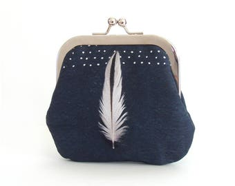 Coin & card purse, black white feather pouch, oystercatcher