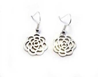 Rosebud Drop Earrings, Rosebud Earrings, Floral Earrings For Pierced Ears, Silver Rosebud Earrings, Dangle Earrings,Drop Earrings B5