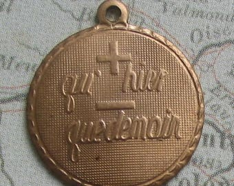 Qu hier que demain French Poetic Love Sentiment, Small Charms Set of 4 Brass,French Love, Paris Lovers, France, Made in USA, Brass