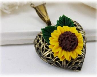 Sunflower Heart Locket - Sunflower Locket Necklace, Sunflower Jewelry, Sunflower Photo Locket