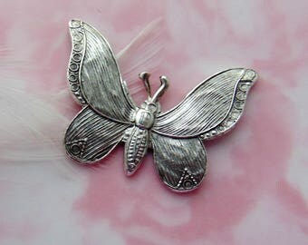 ANTIQUE SILVER * Embossed Butterfly Stamping ~ Jewelry Ornament Oxidized Finding ~ Brass Stamping (FA-6036)