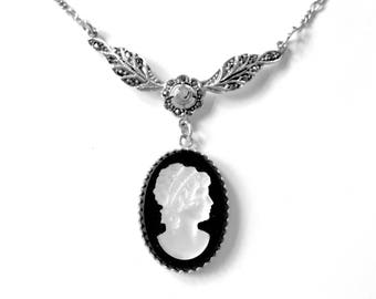 Cameo Necklace, Victorian Necklace, Black Cameo, Black and White Necklace, Bridal Jewelry, Vintage Wedding, Special Occasion