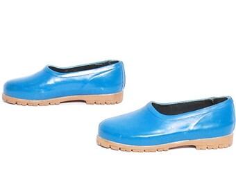 size 8 WATERPROOF blue rubber 80s 90s slip on RAIN boot FLATS