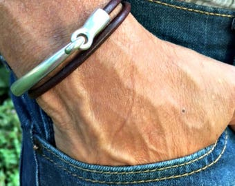 Mens leather bracelet | Rustic bracelet | Boyfriend gift | Mens jewelry | Leather and silver | Leather wrap | Gift for him | Husband gift